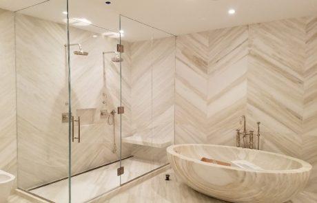 מחיצות זכוכית למקלחות